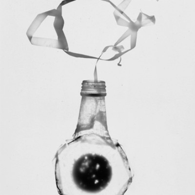 Flasche 6, 2011 / reversed photogram on cotton paperr / ca. 24 x 30,5 cm