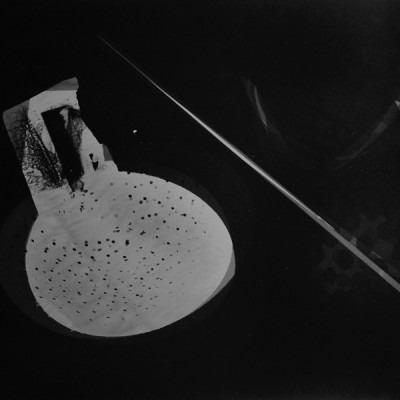 Lichtspiel 5, 2014 / photogram on silver gelatin paper / ca. 18 x 24 cm