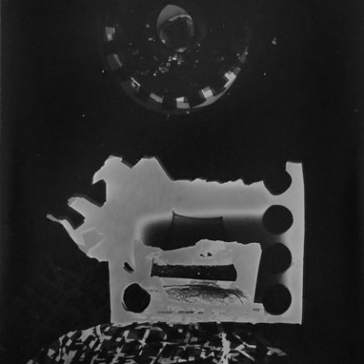 Lichtspiel 8, 2014 / photogram on silver gelatin paper / ca. 18 x 24 cm