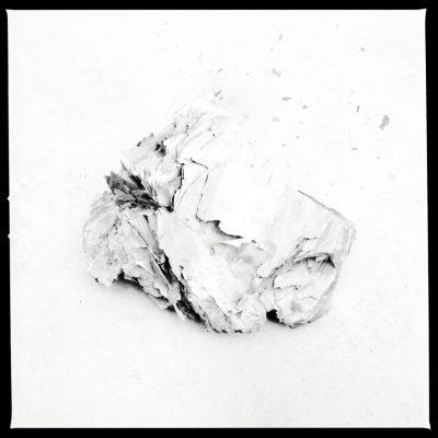 © Erika Babatz - Papel I, 2013-2016 / Silver gelatin print