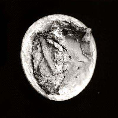 © Erika Babatz - Papel XIX, 2016 / Silver gelatin print